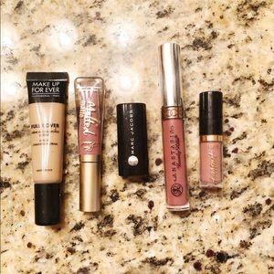 Lipstick And Concealer Set